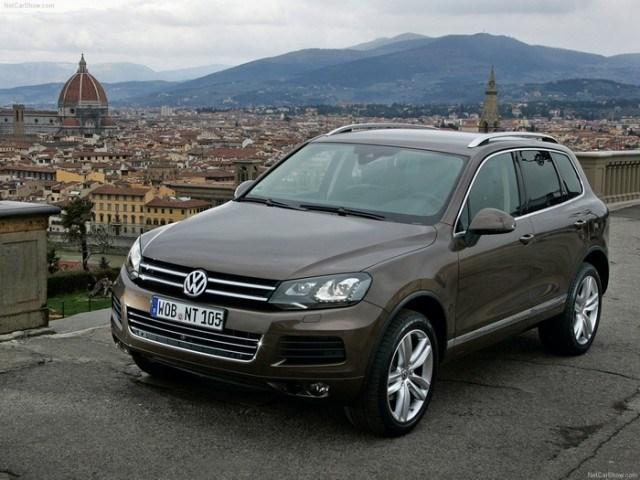 На российский рынок выходят две специальных версии кроссовера Volkswagen Touareg