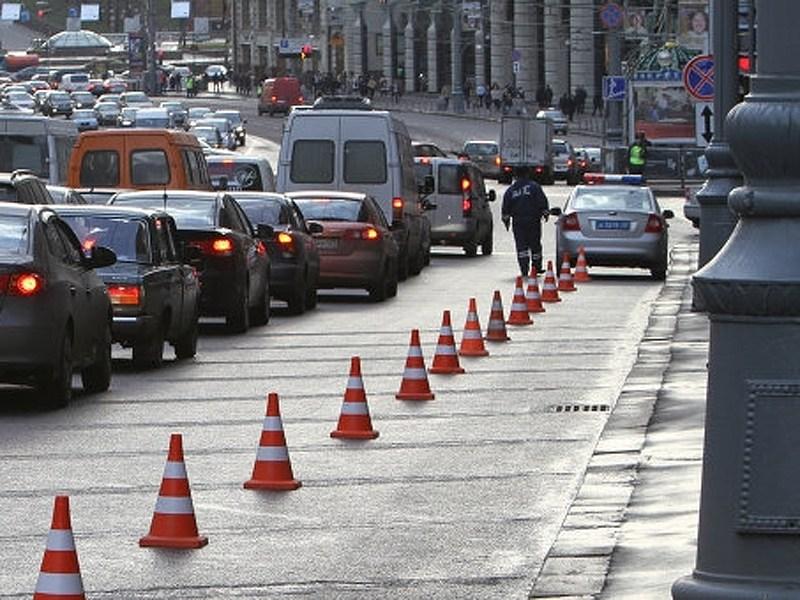 На Тверской улице запретили парковку