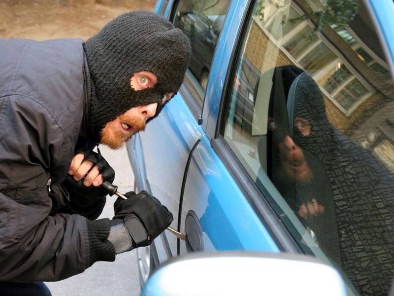 35 машин за 24 часа угоняют в Москве