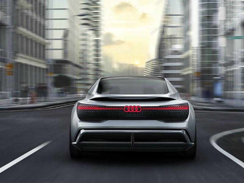 Audi в 2025 году хочет продать 800 тыс. гибридов и электромобилей