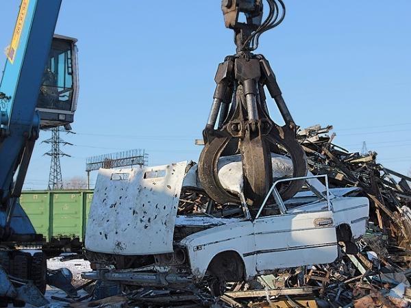 Некоторым автопроизводителям пришлось свернуть программу утилизации