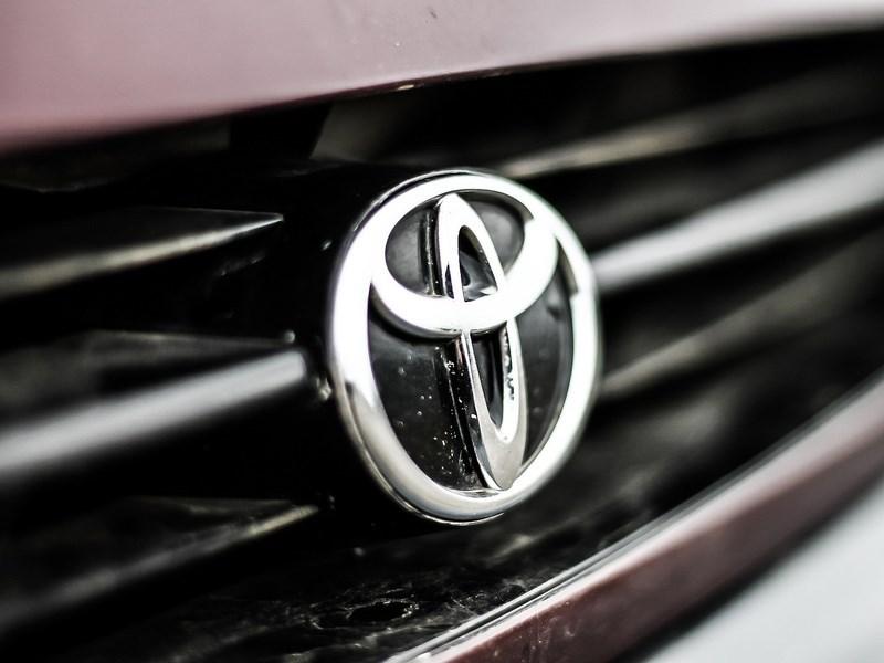 Российские продажи Toyota в октябре выросли почти на 16 процентов