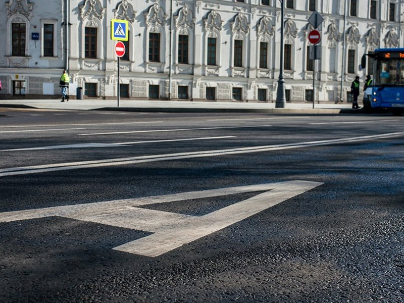 В Москве на выделенные полосы пустят автомобили коммунальщиков Фото Авто Коломна