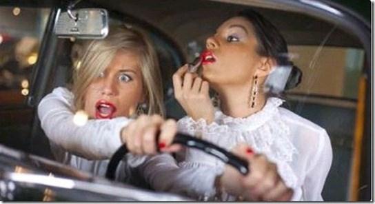 10% времени в пути американские водители не смотрят на дорогу